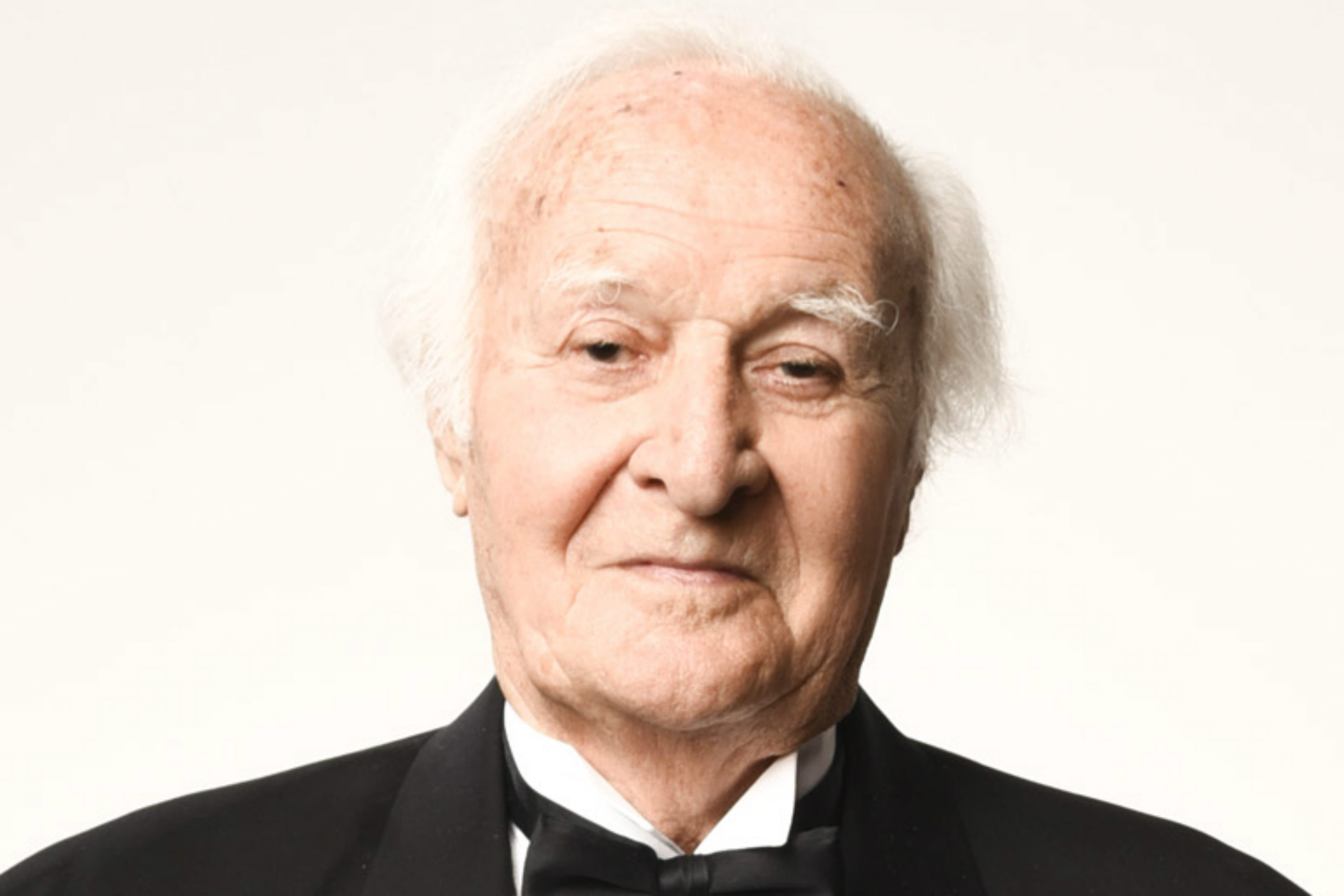 schauspieler robert loggia ist gestorben. Black Bedroom Furniture Sets. Home Design Ideas