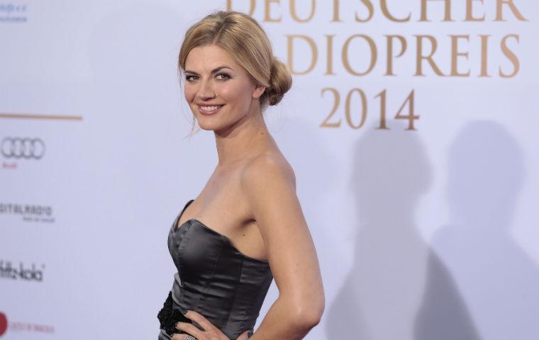 GZSZ-Star Nina Bott ganz nackt: Sexy Playboy-Revival