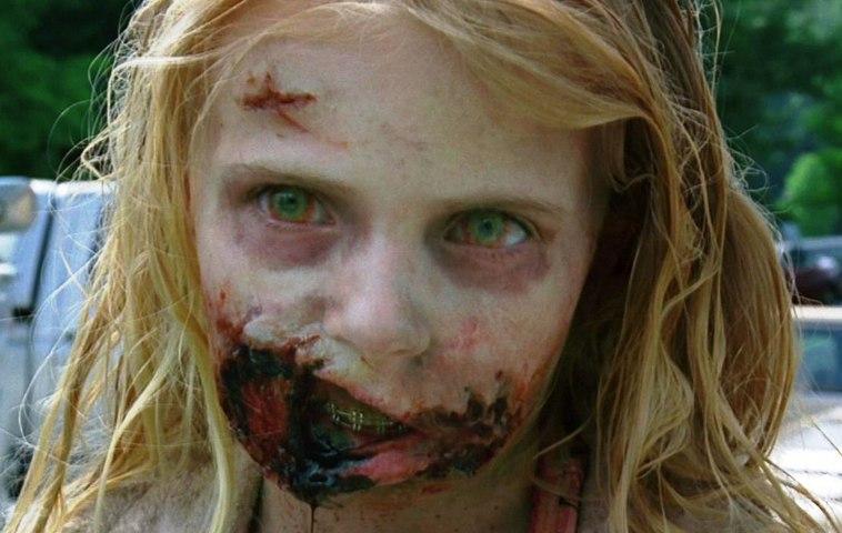 """""""The Walking Dead"""": So sieht das Zombie-Mädchen wirklich aus!"""