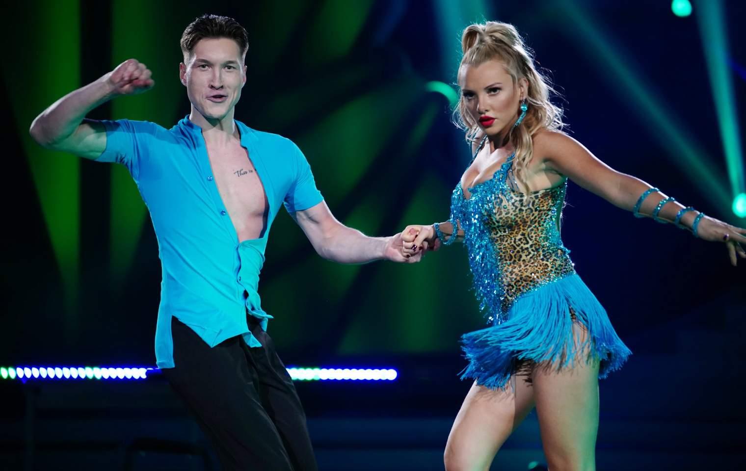 Evelyn LetS Dance