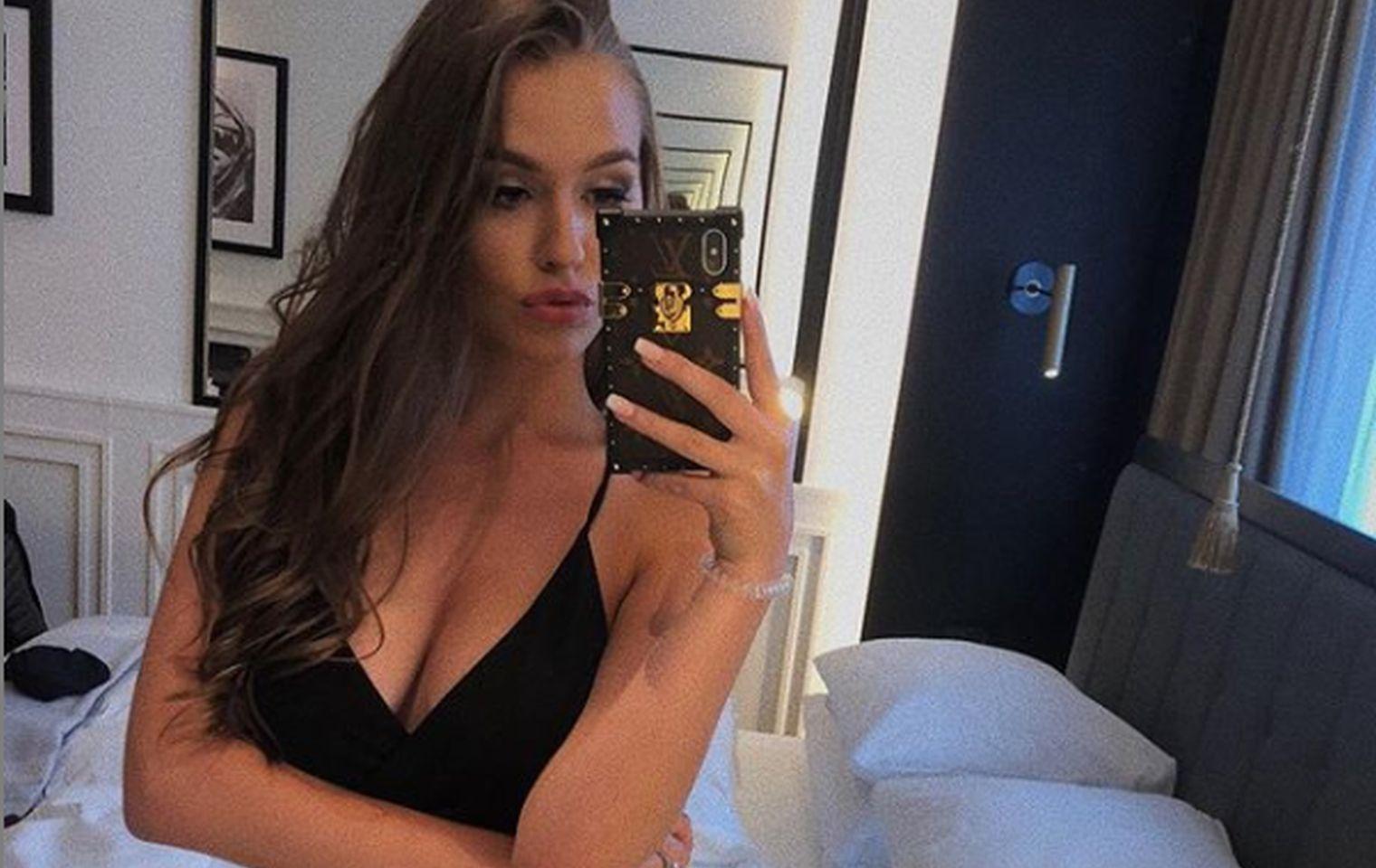 nacktbild mutter gegen junge