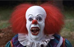 "Tim Curry in Stephen Kings ""Es"""