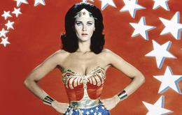 Erste Solo-Superheldin: Lynda Carter spielte 1976 die starke Amazonasprinzessin