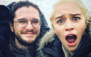 Game of Thrones: Emilia Clarke aka Daenerys und Kit Harington aka Jon Snow
