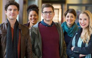 Die jungen Ärzte: Ben, Vivi, Elias, Theresa, Julia