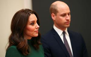Herzogin Kate und Prinz William: Dieser Royal wollte das Paar trennen