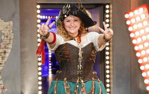 "Gaby Schwager als ""Melody"" bei ""The Voice of Germany"""