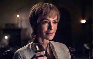 Was treibt Cersei in Staffel 8 von GOT ans Glas und ihr die Tränen in die Augen?