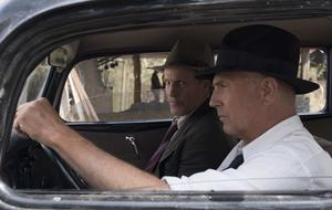 """""""The Highwaymen"""" auf Netflix: Deshalb hatte Kevin Costner u Woody Harrelson so viel Schwein"""