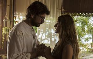 """""""Haus des Geldes"""" - Staffel 3: Der Professor (Alvaro Morte) und Raquel Murillo (IItziar Ituño)"""