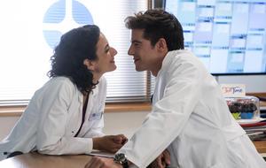 In aller Freundschaft - Die jungen Ärzte: Steigt Leyla aus?