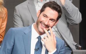 """Interview zu Staffel 4 von """"Lucifer"""": Tom Ellis über das Staffelfinale und Staffel 5"""