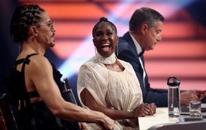 """Motsi Mabuse sorgt bei erstem Auftritt in neuer Jury für Begeisterung - Im Bild hier mit Jorge Gonzalez und Joachim Llambi bei """"Let's Dance"""""""
