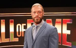 WWE Edge bei der Hall of Fame Zeremonie