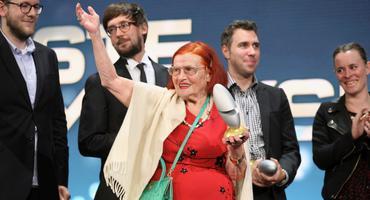 Oma Violetta beim deutschen Comedy-Preis