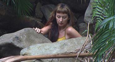 Hat Hanka in den Dschungelcamp-Bach gepinkelt?