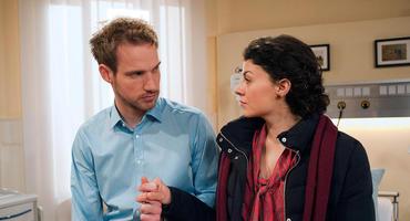 """Sturm der Liebe"" - Staffel 9: Leonard (Christian Feist) und Pauline (Liza Tzschirner)"