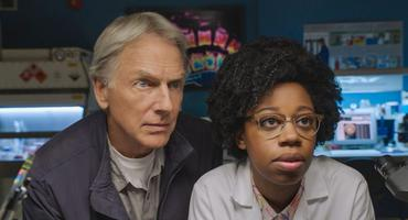 Mark Harmon & Diona Reasonover