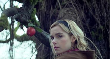"""""""Chilling Adventures of Sabrina"""": Sabrina Spellman (Kiernan Shipka)"""
