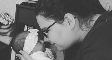 Calantha Wollny mit Baby Cataleya
