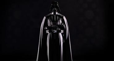 Düstere Darth Vader Kostüme für Karneval