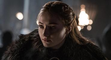 "Zum ""Game of Thrones""-Finale: Sophie Turner findet Petition ""respektlos"""