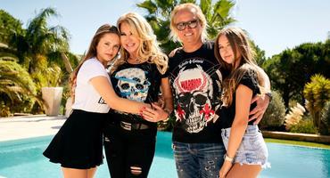 Die Geissens: Robert und Carmen Geiss mit ihren Töchtern Shania Geiss und Davina Geiss