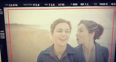 """Outlander""-Staffel 5: Catriona Balfe (Claire) & Sophie Skelton (Brianna)"