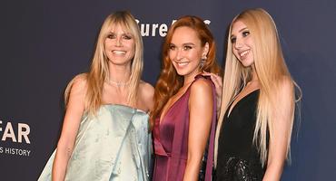 GNTM 2020: Heidi Klum mit Jacky und Tamara auf der Amfar-Gala