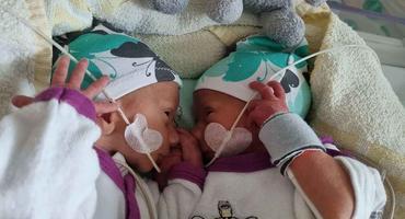 Die Wollnys: Sarafina zeigt die Gesichter ihrer Zwillinge Casey & Emory