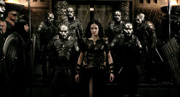"Eva Green als Artemisia in ""300: Rise of an Empire"""