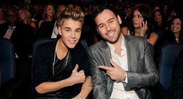 Justin Bieber mit Manager Scooter Braun