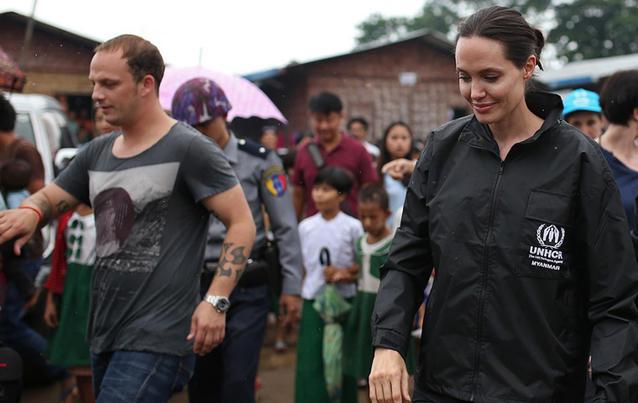 Ist das Angelina Jolies Neuer?