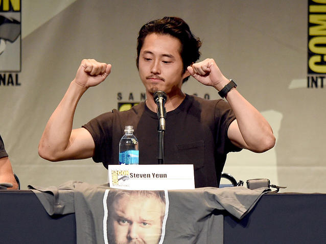 """""""The Walking Dead""""-Star Steven Yeun auf einer Pressekonferenz."""