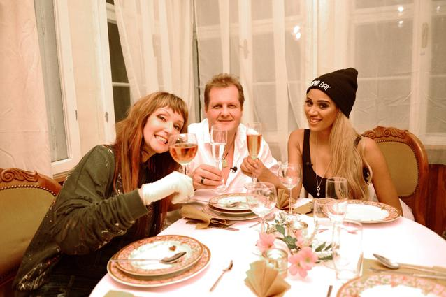 Promidinner - Hanka Rackwitz, Sarah Joelle Jahnel und Jens Büchner
