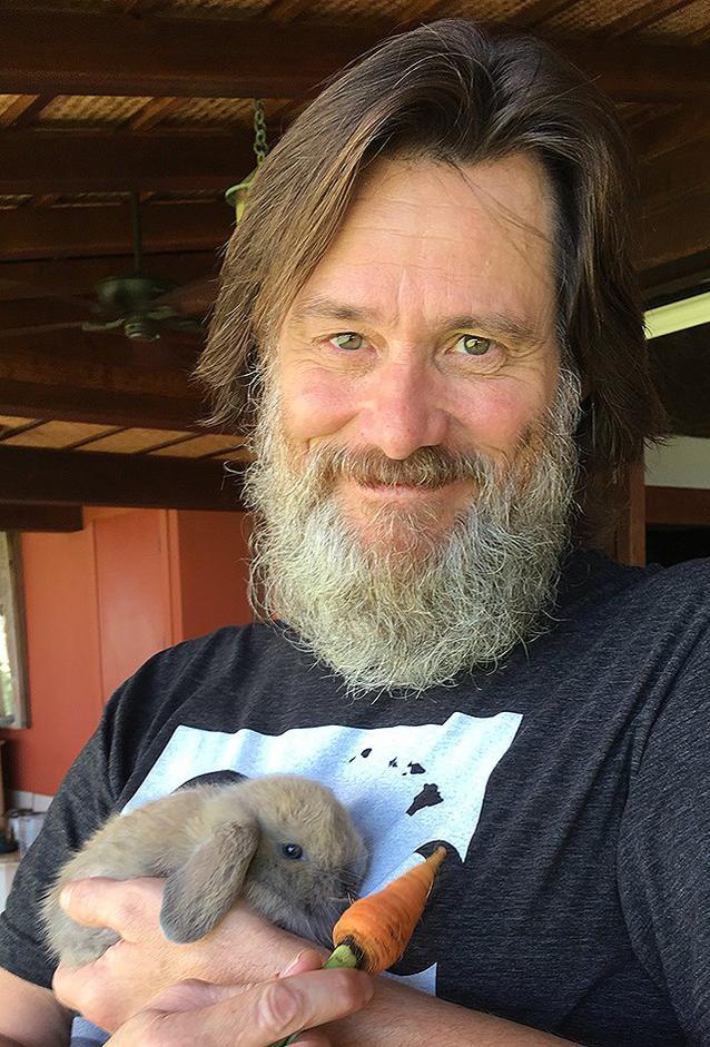 Jim Carrey zeigt sich gealtert mit langem Bart