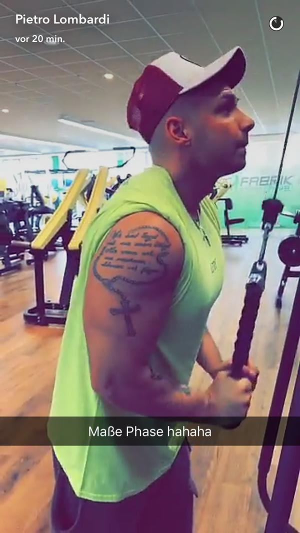 Pietro Lombardi hat an Muskeln zugelegt. Foto: Peitro Lombardi auf Snapchat