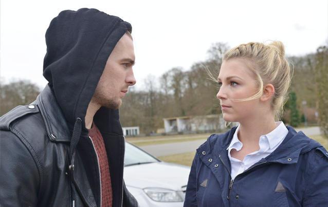 GZSZ: Lilly hilft Chris, zur Hochzeit zu gelangen