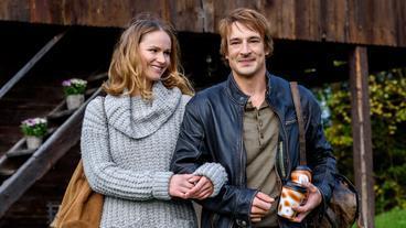 Sturm der Liebe: Jessica (Isabell Ege) und Viktor (Sebastian Fischer)