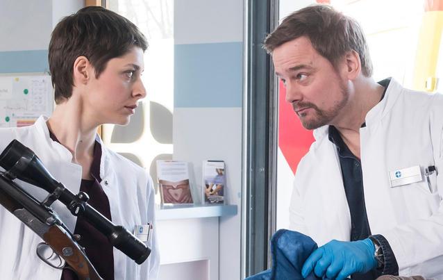 Die jungen Ärzte: Theresa und Marc