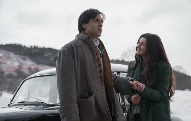 Outlander: Roger (Richard Rankin) und Fiona
