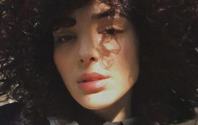 """Sexy Nacktbilder von """"Köln 50667""""""""-Star Sara-Joleen Kaveh-Moghaddam"""