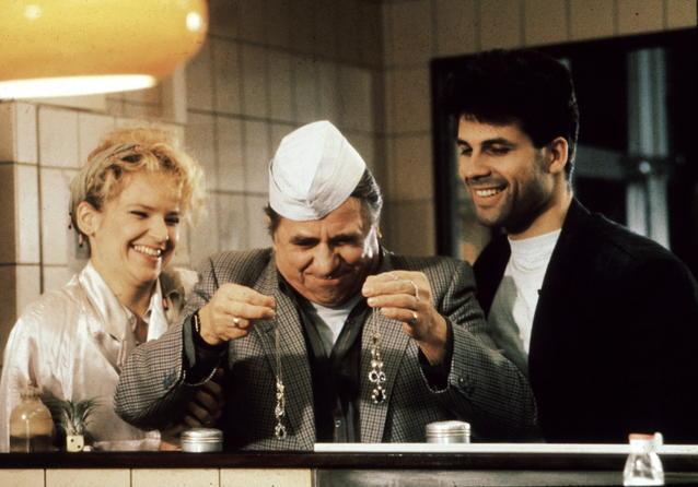 """""""In aller Freundschaft""""-Star Andrea Kathrin Loewig 1992 in """"Drei Damen vom Grill"""""""