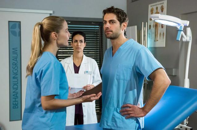 Die jungen Ärzte: Steigen Niklas und Julia gemeinsam aus?
