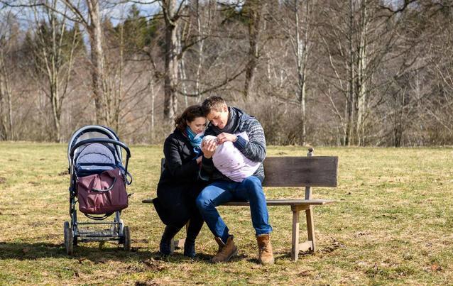 Sturm der Liebe: Paul im Vaterglück mit Luna/Felicitas