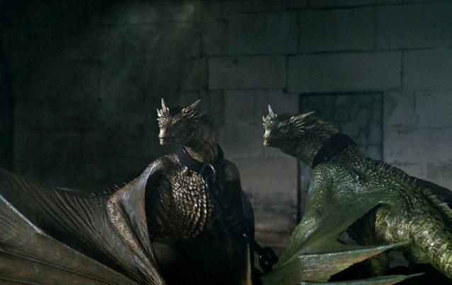 Game of Thrones: Daenerys Drachen Rhaegal und Viserion