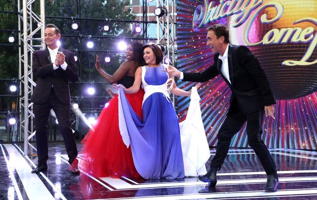 """motsi mabuse sitzt nun in der """"Strictly come Dancing""""-Jury in England"""