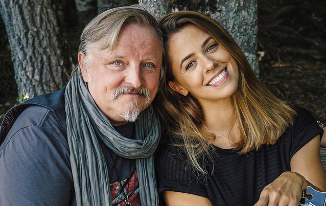 Vanessa Mai und Axel Prahl