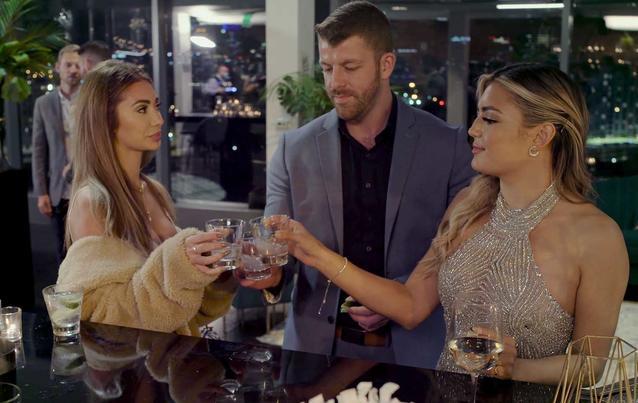 "Love is blind: Francesca (""Too hot to handle""), Damian & Gigi"