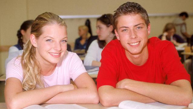 John mit Julia (Yvonne Catterfeld) im Jahr 2001